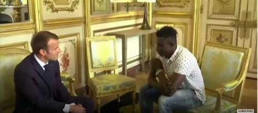 'Spiderman' rescue: Moment Malian man rescues Paris child - (BBC News/YouTube)