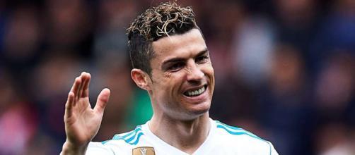 Sur le départ au Real Madrid, Cristiano Ronaldo est à la recherche d'un nouveau challenge.