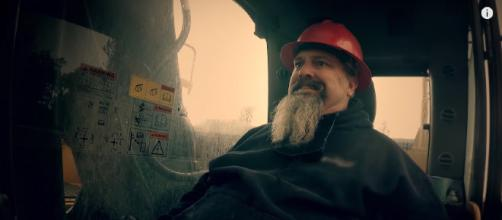 Todd Hoffman has left 'Gold Rush.' [image source: Discovery UK - YouTube]