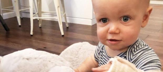 Baby Jackson Roloff hurt his elbow after a bad fall / Photo via Tori Roloff, Instagram