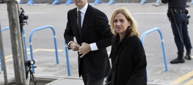 Iñaki Urdangarín y la Infana Elena afrontando el caso Noos