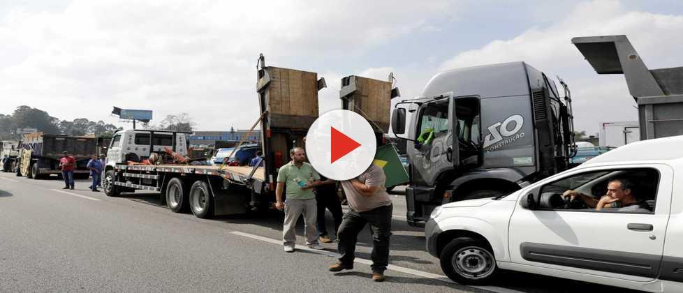 7 erros do governo durante negociação com caminhoneiros em greve