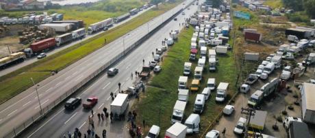 Greve dos caminhoneiros gerou muitos boatos