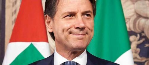 Governo, Giuseppe Conte a Palazzo Chigi: pensioni, fisco, lavoro le priorità M5s-Lega