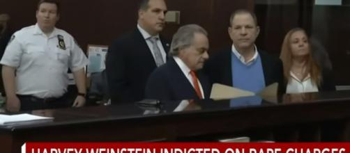 Harvey Weinstein formally hearing his criminal accusations. - [CBS News / YouTube Screencap]
