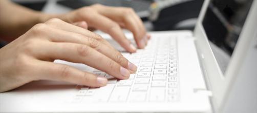 Insultò azienda su Facebook: 43enne licenziata per giusta causa - teleromagna24.it