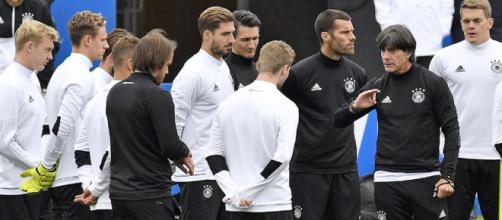 Löw coloca duras normas a los jugadores durante el Mundial