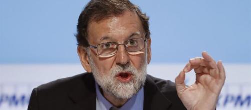 Mariano Rajoy durante una intervención ante los medios . Public Domain.