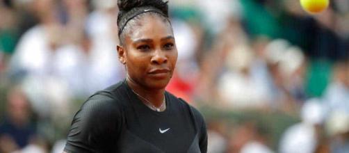 Serena Willians gana su primer partido en Francia