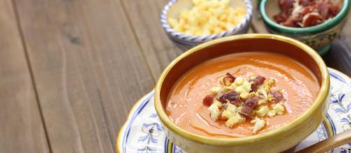 Aprende sobre sopas frías y refresca tus menús
