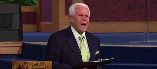 Televangelist Jesse Duplantis asking followers for $54 million for private jet. - [Image: New Chanel / YouTube screenshot]