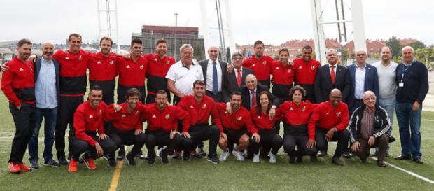 Xavi, Raúl y Xabi Alonso consiguen el título de entrenador por la UEFA