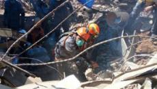 Bombeiros encontram primeiro corpo nos escombros de prédio que desabou