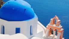 Playas únicas de Santorini y su arqueología milenaria