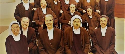 Carmelitas desclazas de Hondarribia contra la sentencia de La Manada