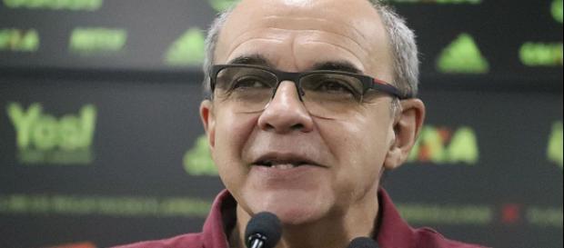 Flamengo 'atravessa' Boca e briga com Udinese para ter jogador do ... - com.br