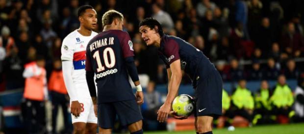 ¡Cavani rompe el silencio, habla sobre lo que pasó con Neymar!