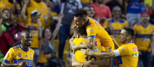 El campeón Tigres con Enner Valencia vence al Santos Laguna y se ... - com.ec