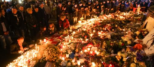 Memorial for victims of November 2015 ISIS attacks in Paris [image courtesy wikipedia]