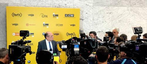 Ministro do STF, Gilmar Mendes, concedeu entrevista a jornalistas e discorreu sobre Lula