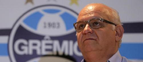 Romildo Bolzan - Presidente do Grêmio