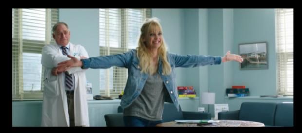 "Anna Faris stars in new film ""Overboard"" [Image source: PantelionFilms/YouTube]"