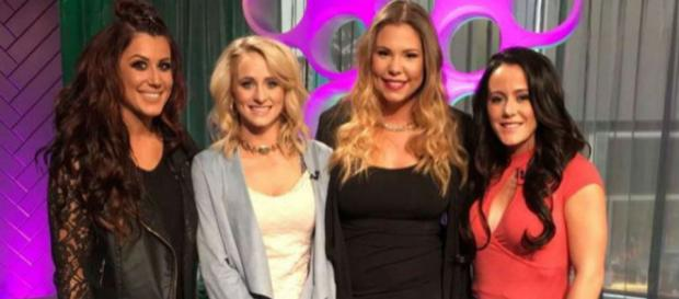 The 'Teen Mom 2' cast films the reunion. [Photo via Teen Mom/YouTube Screenshot]