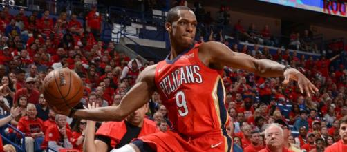 Rajon Rondo and the Pelicans will try to even their series with the Warriors at 2-2 on Sunday afternoon. - [Image via NBA / YouTube screencap]