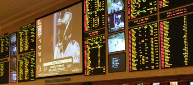 Vegas sportsbooks have already released many NFL prop bets for 2018. - [Image via Public Domain / Wikimedia Commons]