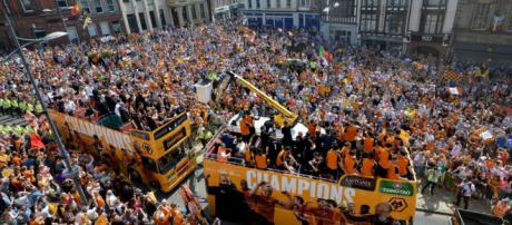 Wolves celebrate their Championship victory with an open-top bus parade through the city. Credit: @DarrenProsser/Twitter.