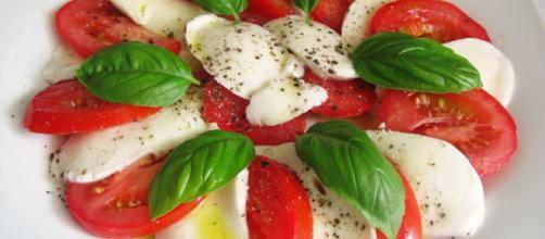 Einfacher Tomate - Mozzarella - Salat von Py-chan   Chefkoch.de - chefkoch.de