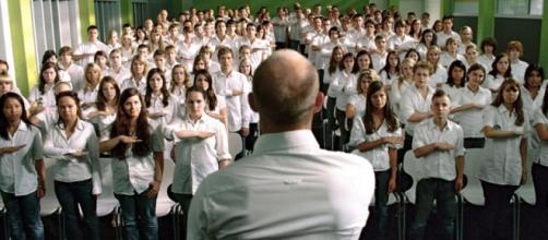 La Vague : le film allemand à succès va devenir une série ... - premiere.fr