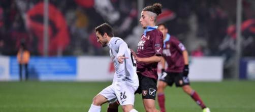 Nella foto della Lega B, Davide Agazzi in azione durante Salernitana-Foggia terminata 0-3
