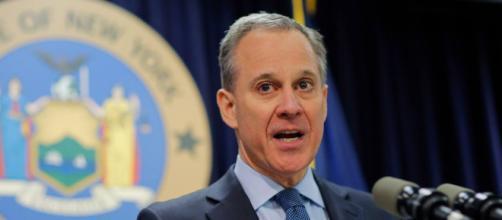 New York, si dimette il procuratore generale