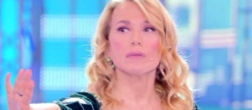 Barbara D'Urso perde le staffe contro Baye