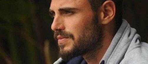 Francesco Monte scrive un post sulla fine della storia con Paola
