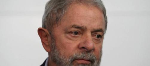 Lula pede um frigobar, mas juíza nega pedido