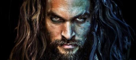 Aquaman es un personaje ficticio y un superhéroe que protagoniza muchos títulos de cómics estadounidenses publicados por DC Comics.