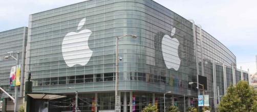 Apple, spazio alle assunzioni: come candidarsi al corso per 378 giovani a Napoli per tutti