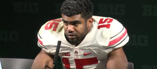 Ezekiel Elliot looks forward to winning the rushing title this season - WOSNSports YouTube via Wikipedia