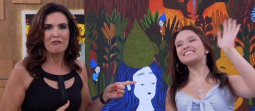 Larissa Manoela foi ao programa Encontro com Fátima Bernardes promover seu filme (Foto: TV Globo)