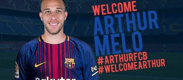 FC Barcelona had a contract for Gremio midfielder Arthur - frozencast.com