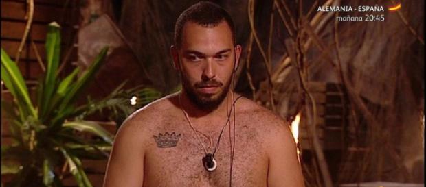 La versión española de Supervivientes comenzó el 10 de septiembre de 2000, en la cadena Telecinco.