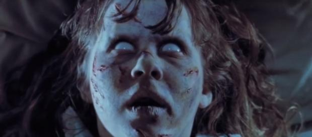 'The Exorcist' (1973) is a perfect example of the horror genre. Image via: Looper/YouTube screenshot