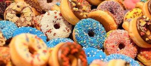 Friday, June 1, 2018 is National Donut Day [Image: AJEL/pixabay.com]