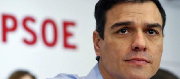 El líder del PSOE, partido socialista español, es el nuevo presidente de gobierno.