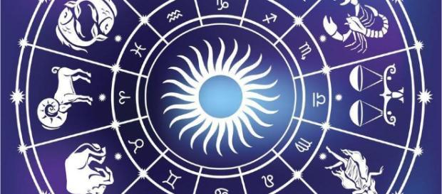 Tu horóscopo mensual no te lo pierdas
