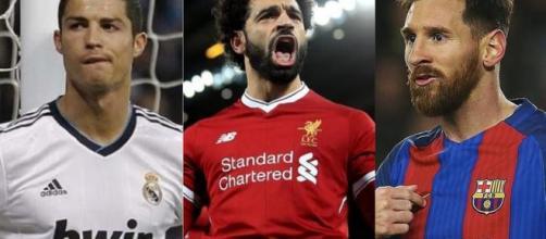 CR7 destacó el gran nivel que está atravesando el delantero de la Selección de Egipto y se animó a ponerlo por encima de él y Messi