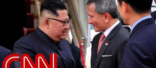 Kim lands in Singapore. Photo-Image credit-CNN/Youtube.com