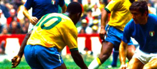 Tarcisio Burgnich contro Pelé ai Mondiali del 1970